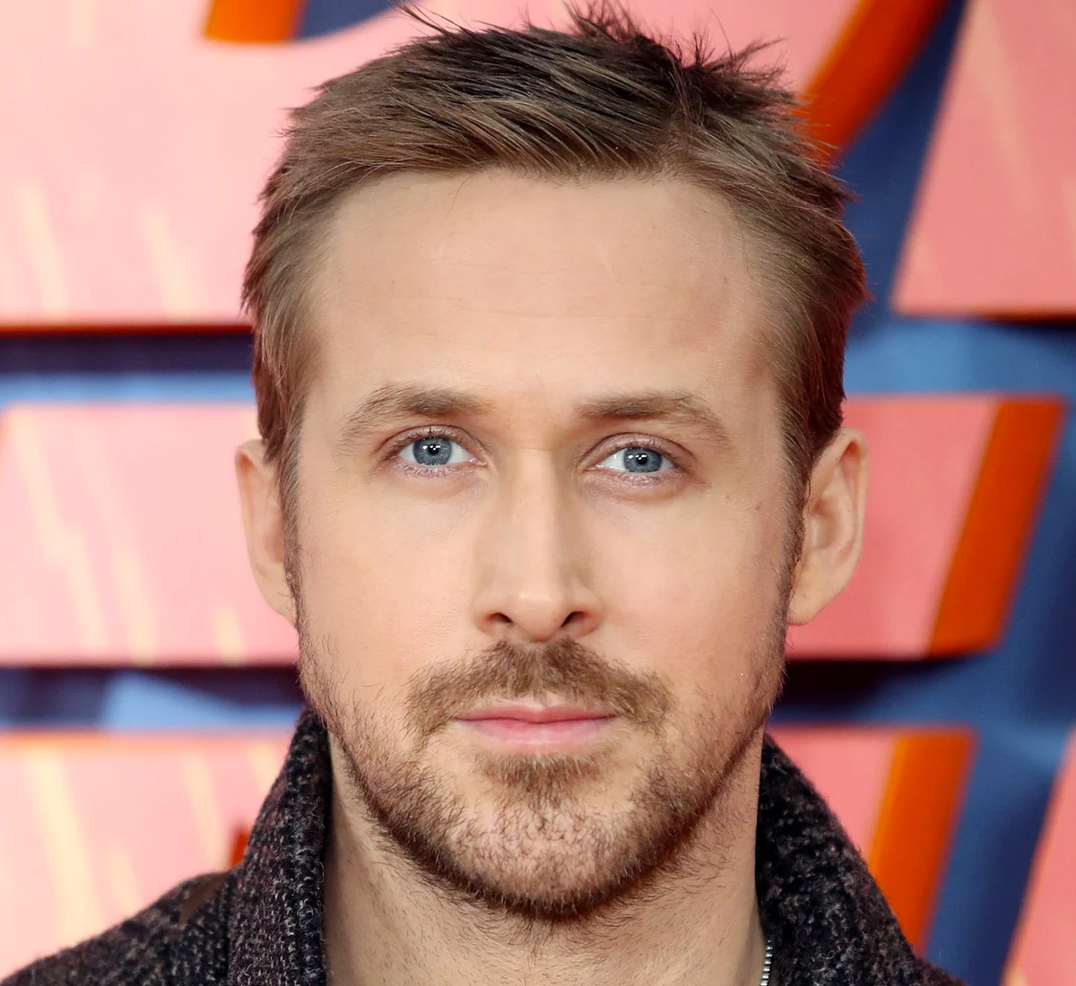 beard styles with hair the gosling blade runner 2049 haircut 2494